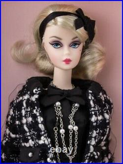 2015 Boucle Beauty Silkstone Barbie Fashion Model Doll Gold Label NRFB Mint