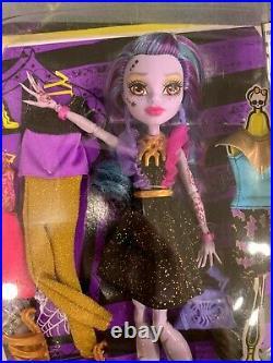 2015 Monster High I Love Fashion Djinni Whisp Grant doll NRFB
