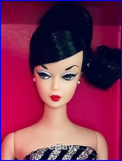 2019 RFDC 60th Sparkles Barbie Roma Fashion Doll Convention Exclusive NRFB