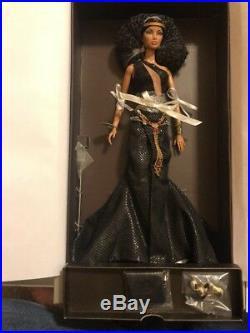 Back To Black Natalia Fatale- Fashion Royalty- Jason Wu NRFB Beautiful Doll