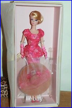 Barbie Silkstone Fashionably Floral Nrfb Gold Label 2014
