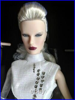 Dasha as Anika Luxottica IFDC 2016 Fashion Royalty NRFB Integrity Toys RARE
