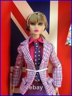 FASHION ROYALTY INTEGRITY Where It's At Poppy Parker Dressed Doll Gift Set NRFB