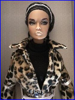 FASHION ROYALTY Poppy Parker Mad for Milan Integrity Toys NRFB With Shipper