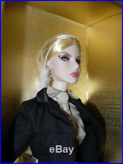 Fashion Royalty Agnes October Issue (NRFB)(rara)