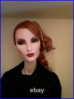 Fashion Royalty Dark Swan Elyse Jolie- FR2 Very rare NRFB withshipper