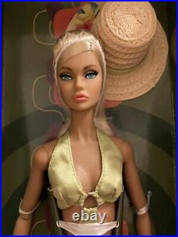 Fashion Royalty Poppy Parker Ipanema Intrigue Dressed Doll Integrity W Club NRFB