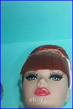 Fashion Royalty Poppy Parker Looks A Plenty Gift Set, COA NRFB, body pack. Shipper
