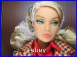 Fashion Royalty Poppy Parker Undercover Angel mini Gift set NRFB Integrity NEW
