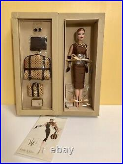 Fashion Royalty TRAVELER BY NATURE Veronique Perrin Doll & Luggage NRFB RARE