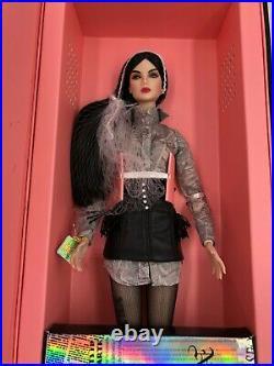 Fashion Royalty Unknown Source Lilith Blair Doll NU. Face W Club Exclusive NRFB