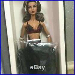 Fashion Royalty Vamp Baroness Agnes Von Weiss Close Up Doll Nrfb #91438