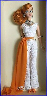 Hollywood Hostess Silkstone Barbie Doll Gold Label Fashion Model Collection-NRFB