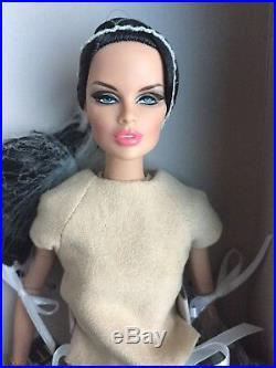 Integrity FASHION ROYALTY VANESSA PERRIN FASHION EXPLORER 12 FR Doll NRFB 2014