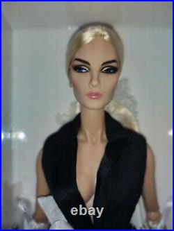 Integrity Toys Fashion Royalty Intrigue Elise Jolie Centerpiece NRFB