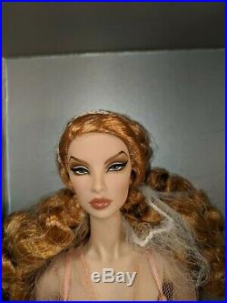 Integrity Toys Fashion Royalty Make Me Blush Natalia Fatale Close-Up Doll NRFB