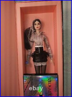 Integrity Toys Fashion Royalty Unknown Source Lilith Blair NU. Face NRFB
