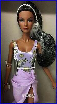 NRFB Fashion Royalty Ocean Drive Agnes Mini Gift Set Dressed Doll Integrity