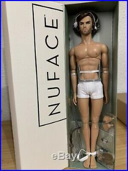 NRFB Integrity Toys Lukas My Stength Homme Doll Fashion Royalty Nu Face 12