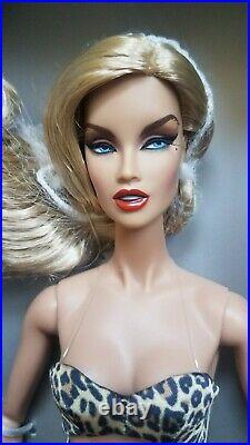 NRFB KESENIA FEROCIOUS BOUDOIR COLLECTION FASHION ROYALTY INTEGRITY Doll