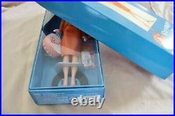 NRFB Mint Voyage in Vintage (2009 Barbie Convention Doll) BLONDE UNIQUE FASHION