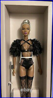 NRFB NuFace Nadja Rhymes Vanity & Glamour Integrity Toys Fashion Royalty