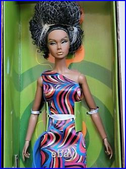 NRFB RENDEZ-VOUS IN RIO POPPY PARKER 12 doll Integrity Toys Fashion Royalty FR