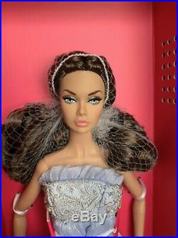 NRFB Young Romantic Poppy Parker 2019 Integrity Toys Convention Fashion Week