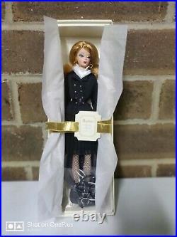 Pretty Pleats Barbie Doll #J0956 Fashion Model Gold Label Silkstone 2006 NRFB