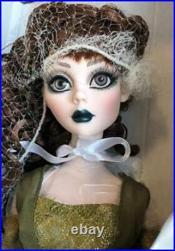RARE Tonner Evangeline Ghastly A DARK NIGHT Dressed Fashion Doll NRFB LE100 2011