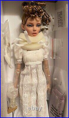 Robert Tonner 16 Deja Vu INNOCENCE Dressed Fashion Doll NEW NRFB