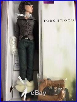 Tonner Tyler 16 2009 TORCHWOOD GWEN COOPER LE 1000 Fashion EVE MYLES DOLL NRFB