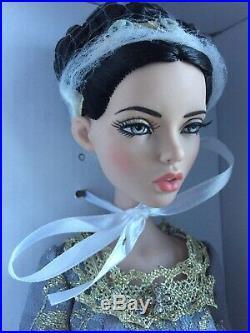 Tonner Tyler 16 Deja Vu LADY ARABELLA EVENING LOVLINESS Fashion Doll NRFB LE200